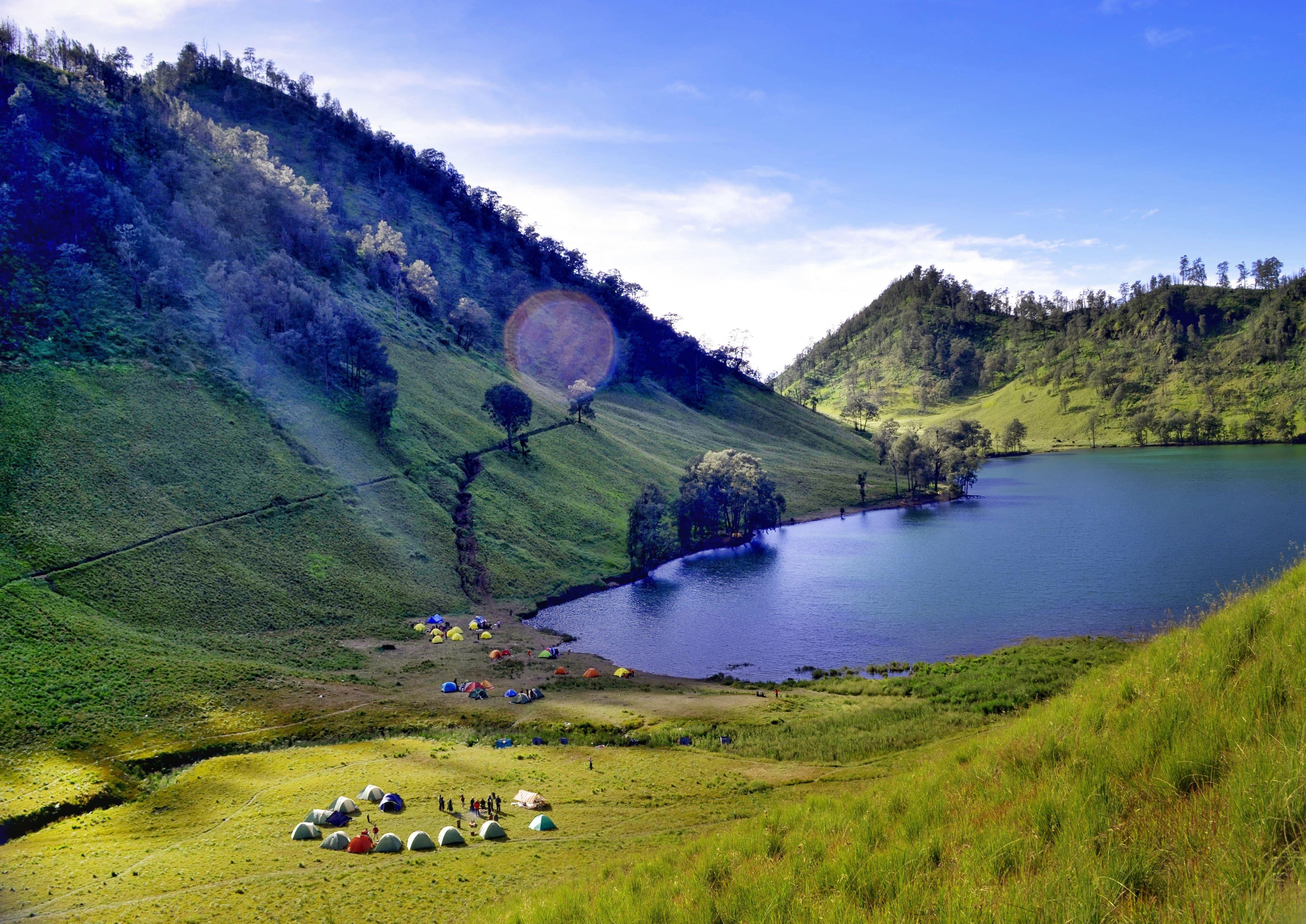 15 Best UK Destinations for Lakeside Camping | Hawkshead ...