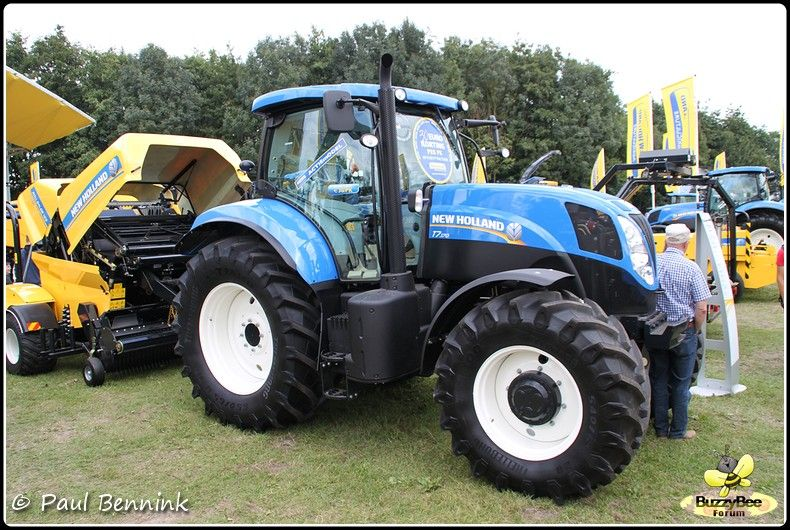 New Holland T7 170 Google Search Ford Tractors Tractors Ford