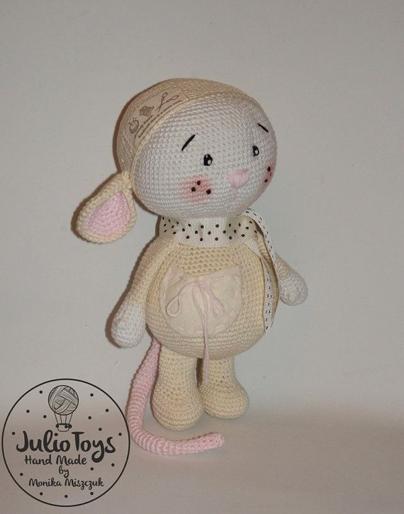 This is a crochet pattern PDF - NOT the actual finished doll at the photos!  The pattern is available in ENGLISH (US terminology)  Once purchased you´ll receive your pattern as attachment in your Conversation´s section on Etsy in a few hours maximum (depends on time zone)  The pattern include tutorial how to do Glutton Mouse.  Material necessary - see the last picture in gallery   My patterns are for PERSONAL use only  If you should have any problems with the pattern - let me know! Ill try…