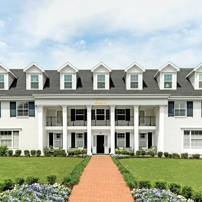 The South S Most Beautiful Sorority Houses Sorority House Houses In America House Of Beauty