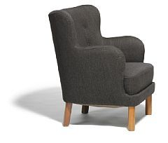 Flemming Lassen: A pair of rare easy chairs with elm legs. 1937