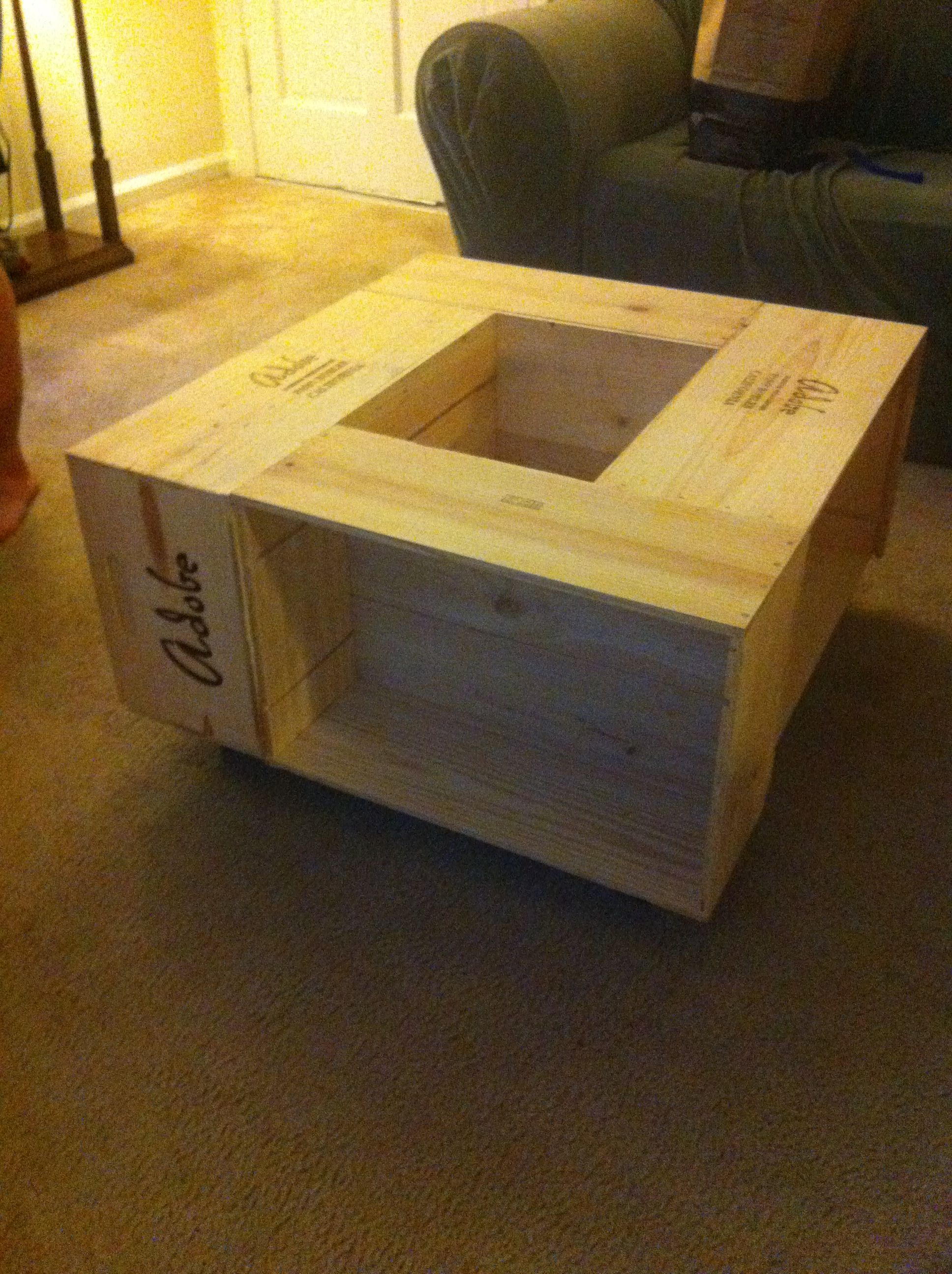wine crate table structure to hold green life throughout the