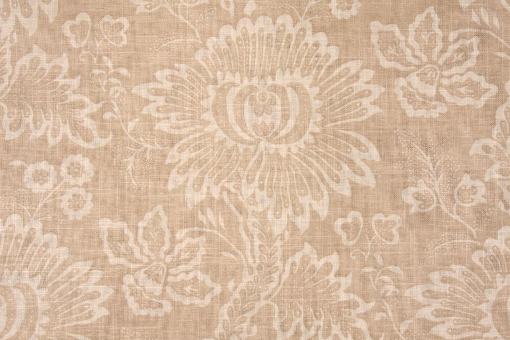 Floral  http://www.fabricguru.com/index.php?dispatch=products.view&product_id=1113732