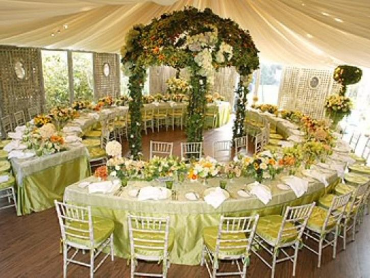 Cheap wedding centerpieces decorations for wedding table for Cheap decorating ideas for wedding reception tables