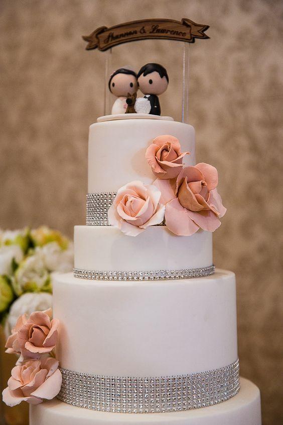 Wedding cake idea; Featured Photographer: LJP Photographers