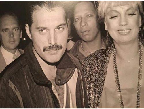 Wow Oh Wow This Is Rare Stryker German Actress Forgot Hername John Reid Bkround Queen Freddie Mercury Freddie Mercury Barcelona Singer