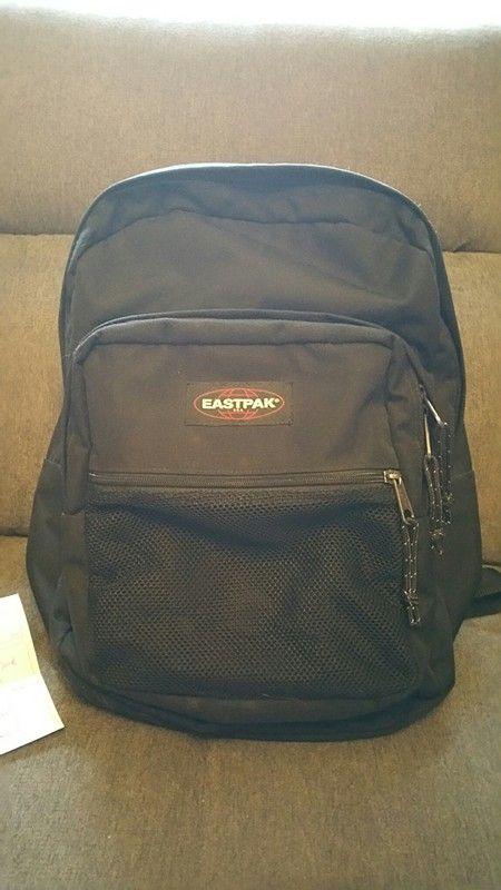 5e35070f9d Cartable Eastpak sac à dos | mes articles en ventes sur vinted ...
