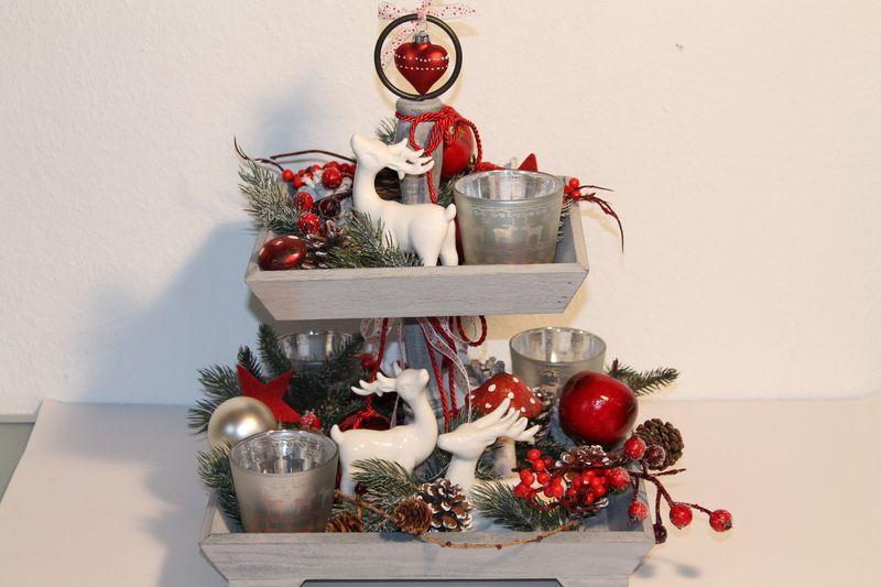 Weihnachtsdeko Rot Silber.Advents Etagere Rot Silber Weiss Von Mia Floristik Auf Dawanda Com