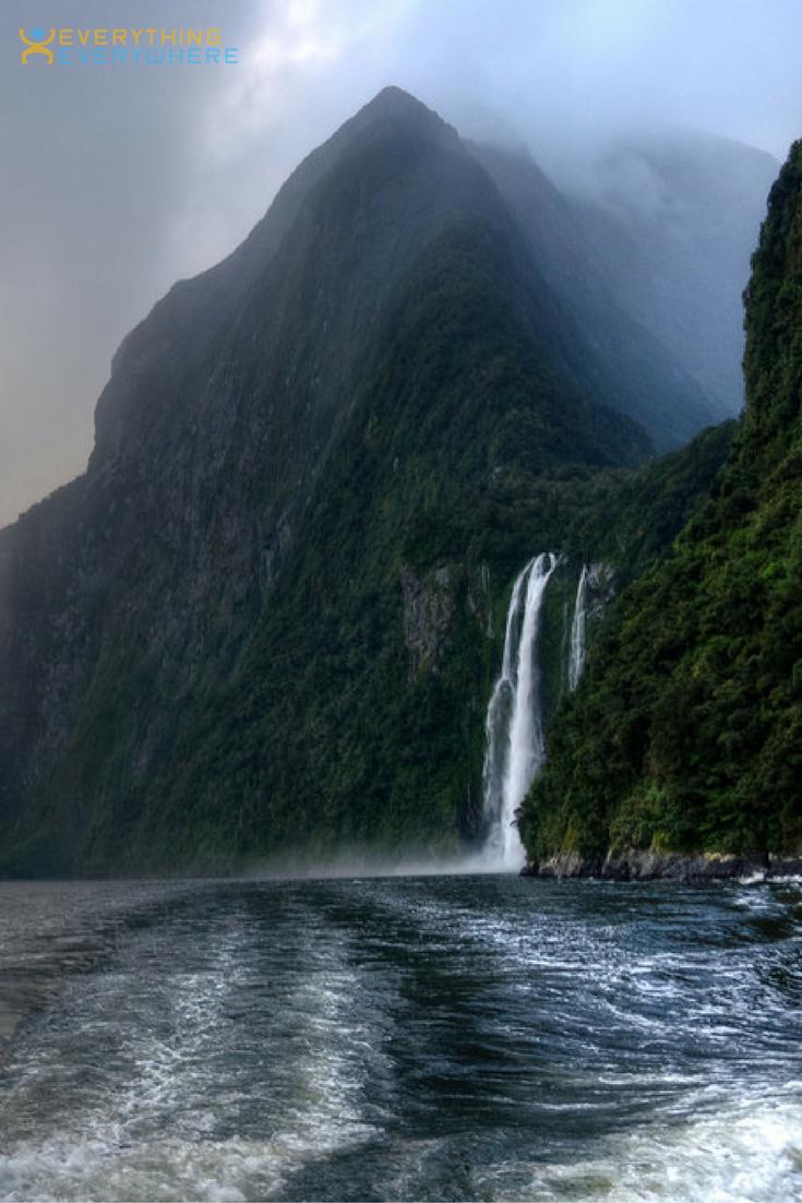 Travel to New Zealand Abel tasman Milford sound and Lakes