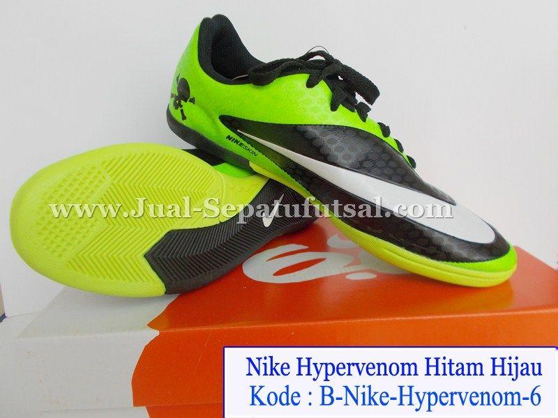 Sepatu Futsal Nike Hypervenom Hitam Hijau Merupakan Seri Terbaru