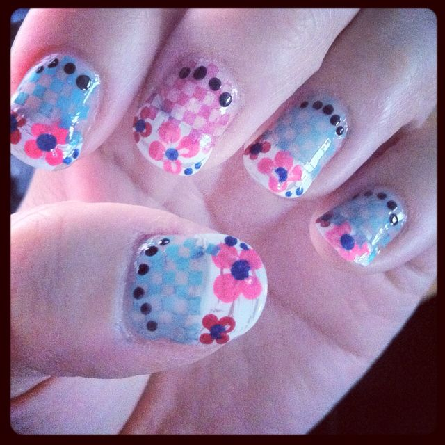 Crackle white tips, checkers, flowers. ;)