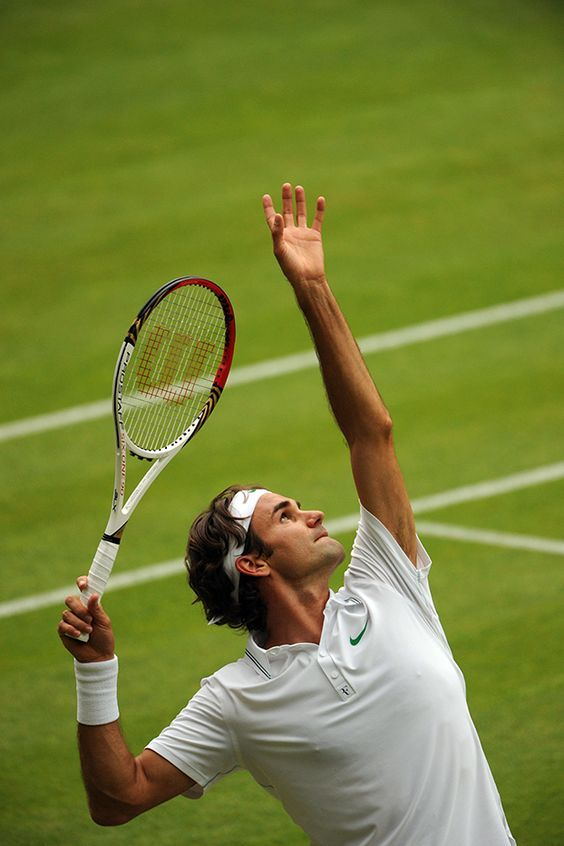 Roger Federer Has Now Reached 32 Grand Slam Semifinals Passing Jimmy Connors For The All Time Record Tennis Tennis Photos Tennis Legends