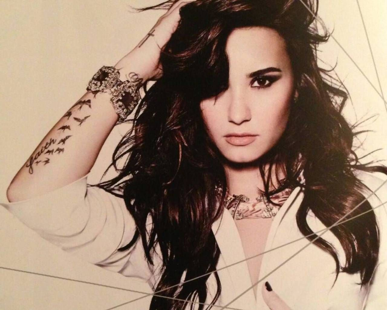 Pictures of Demi lovato posters 2014   Demi Lovato NEEDS To Meet Kevin Bacon!