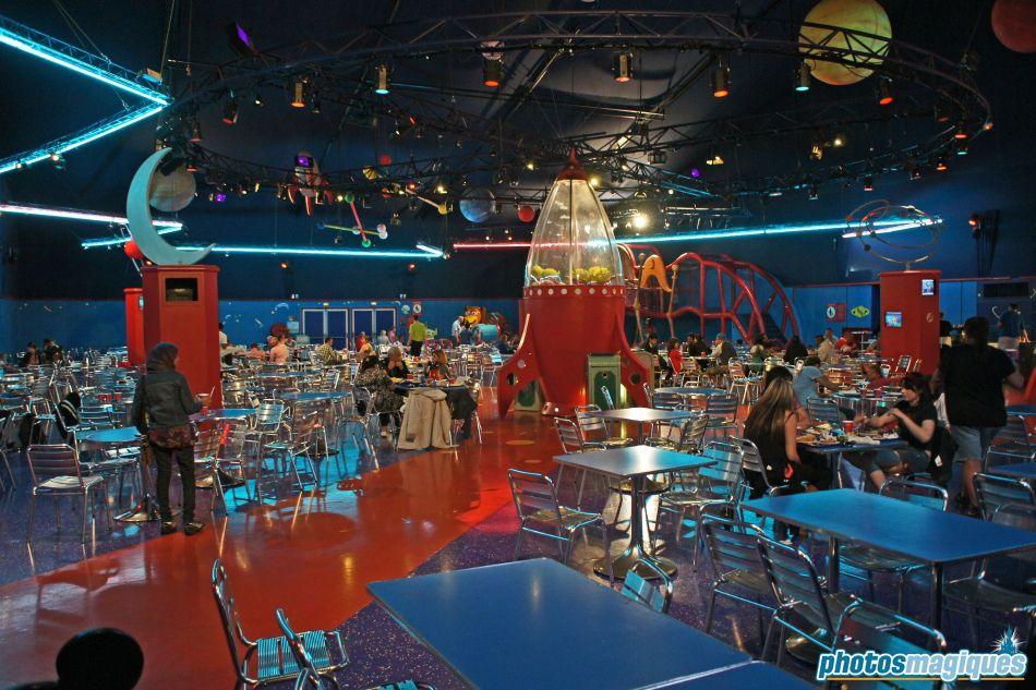 Buzz Lightyear's Pizza Pizza Disneyland