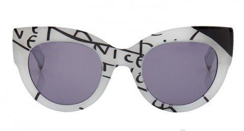 d36654e52bfe6 Óculos De Sol · Lunettes de soleil monture cat-eye Max Mara vu dans la  presse à retrouver sur