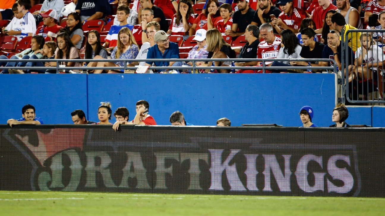 DraftKings, FanDuel will stop in NY, but appeal
