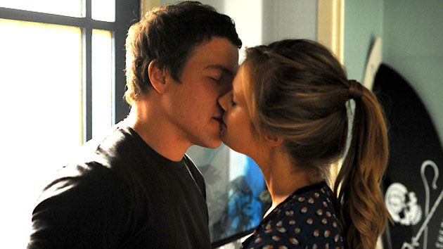 Brax natalie home and away tv couples pinterest for Wallpaper home and away