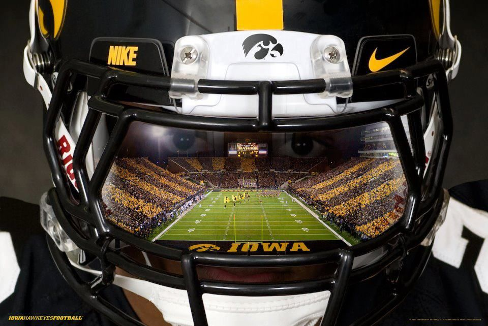 Awesome Hawkeye Image Iowa Hawkeye Football Iowa Hawkeyes Iowa Football