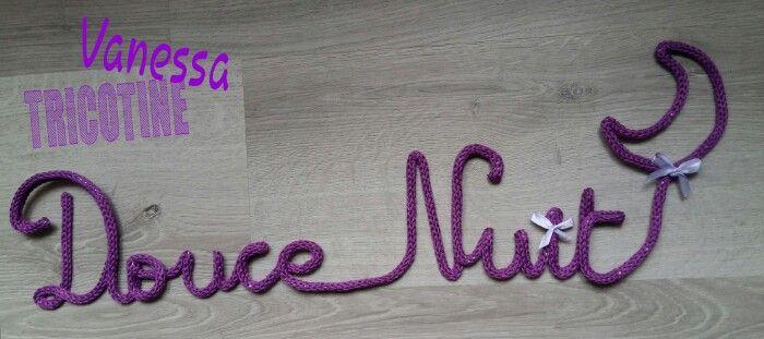 """Douce Nuit en tricotin de couleur """"Clématite"""" soit Violet ! #tricotin #tricotinaddict #DIY #loisirscreatifs #loisircreatif #faitmain #handmade #vanessatricotine #laine #wool #doucenuit #deco #decoration #chambre"""