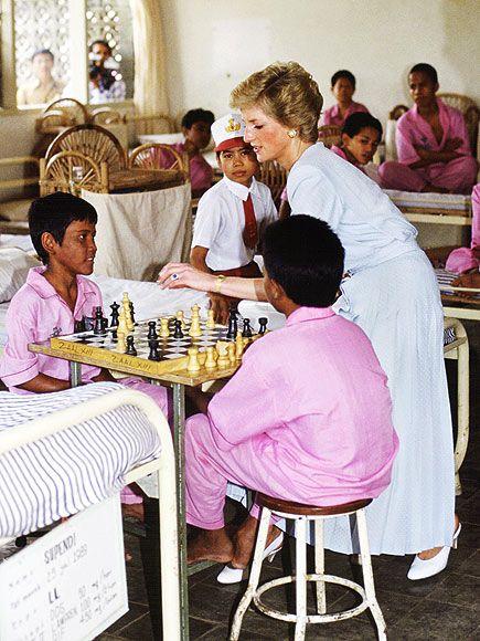 Playing Chess Diana Fotos Princesa