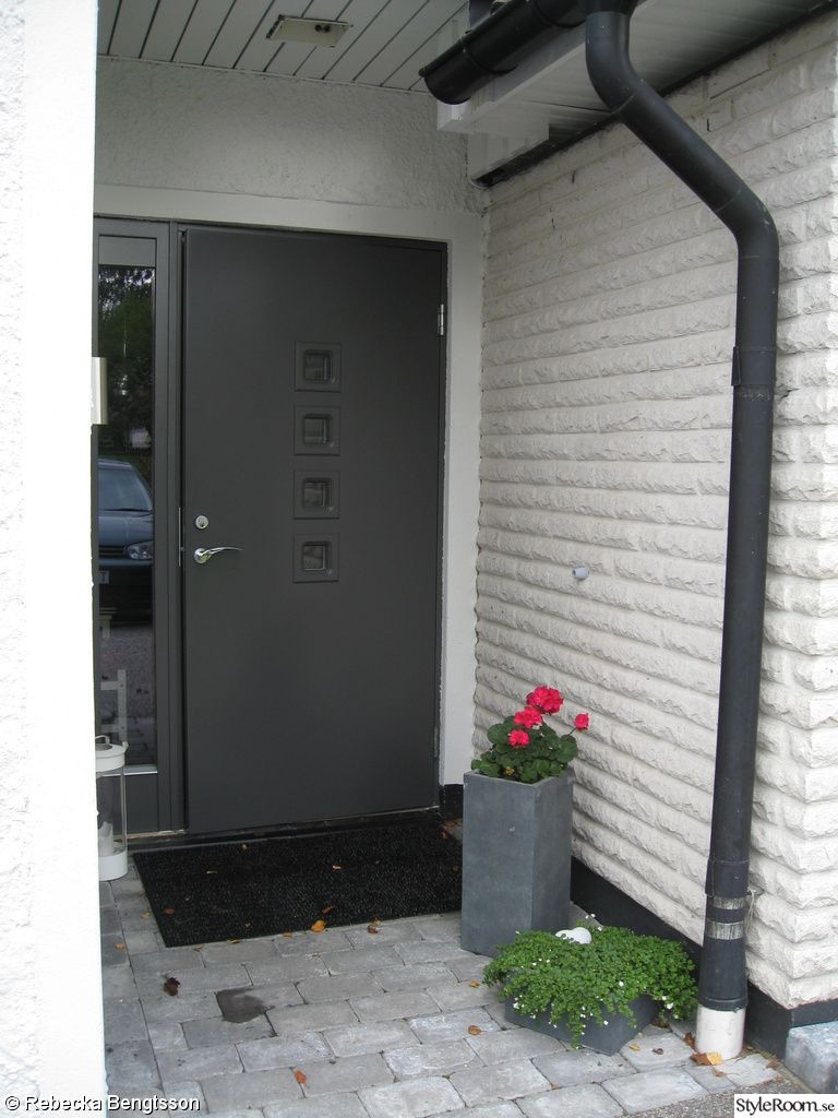 ytterdörr med sidoljus - Sök på Google | Fasad | Pinterest