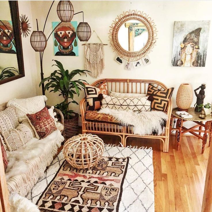 Bohemian Chic Boho Decor That Will Elevate Your Boho Bedroom This Winter Www Delightfull Eu Boho Chic Living Room Bohemian Interior Design Chic Living Room