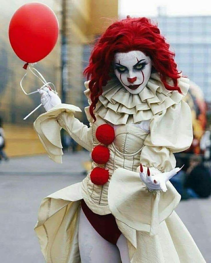 80 Scary Halloween Costumes Ideas #spookyoutfits