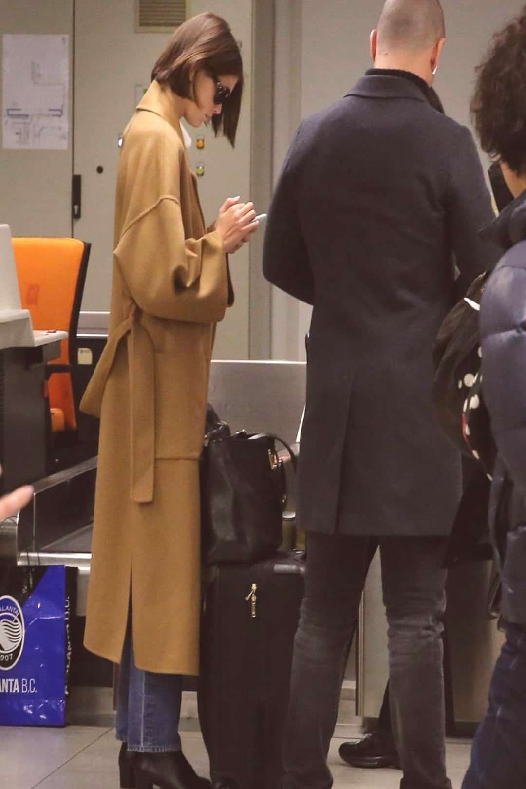 #peoplepeople #kaiagerber #standing #airport #230220 #gerber #shoes #milan #kaia #more #one #the #and #in #or 23/02/20: Kaia at the airport in Milan. #kaiagerber #kaia #gerberYou can find Cindy crawfor...