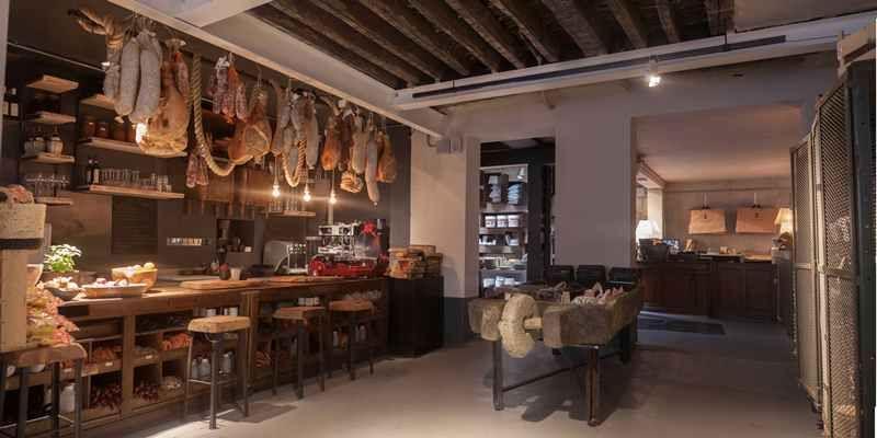 ce que pensent les hommes borgo delle tovaglie boutique epicerie italienne restaurant et. Black Bedroom Furniture Sets. Home Design Ideas