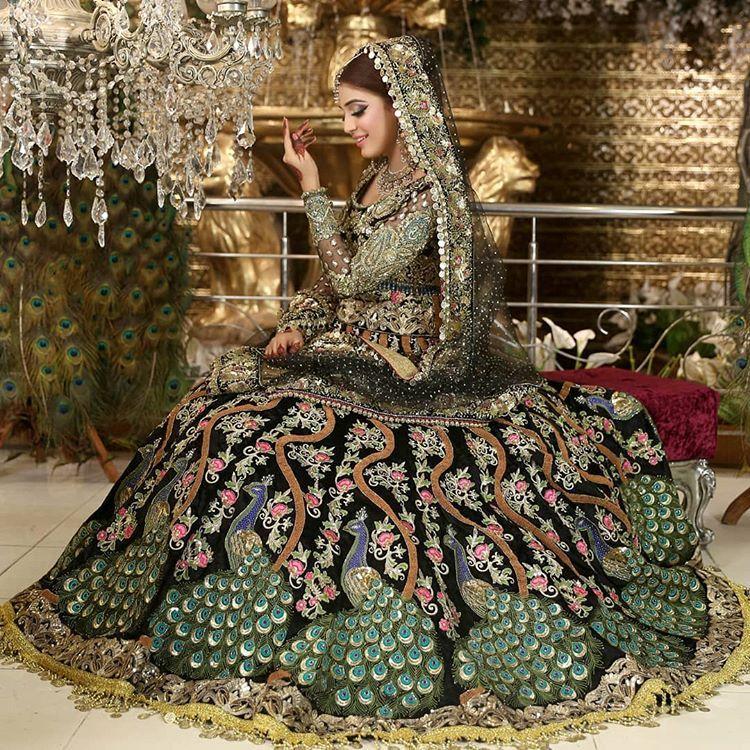 Kashee S Boutique Exclusive Mayo N Mehndi Dholki Lehnga Grab This Amazing Lehnga Pairing Casual Wedding Dress Dress Indian Style Asian Wedding Dress