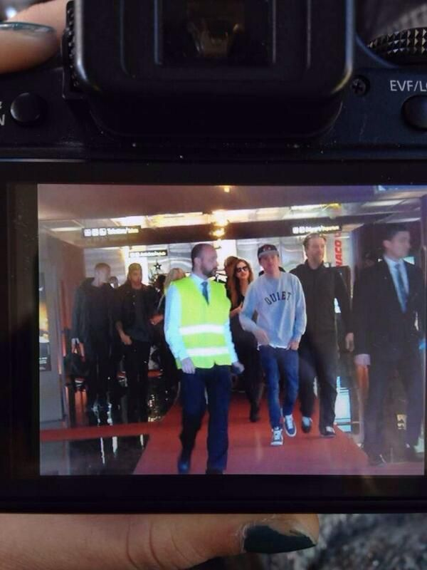 """cheesefries @Wheres1D """"@1DAlert: Zayn and Niall at the airport in cannes right now  (via insider)  14.12.13"""
