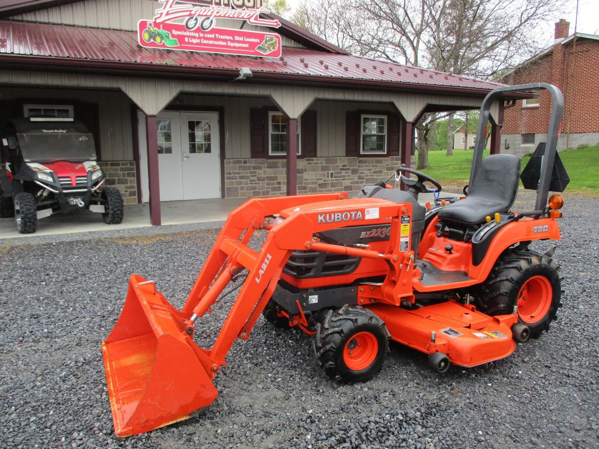 2005 Kubota Bx2230 Tractor Chambersburg Pennsylvania Machinery Pete Tractors For Sale Tractors Compact Tractors For Sale