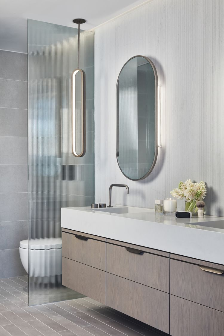The Eastbourne / Bates Smart in 2020 | Small bathroom ...