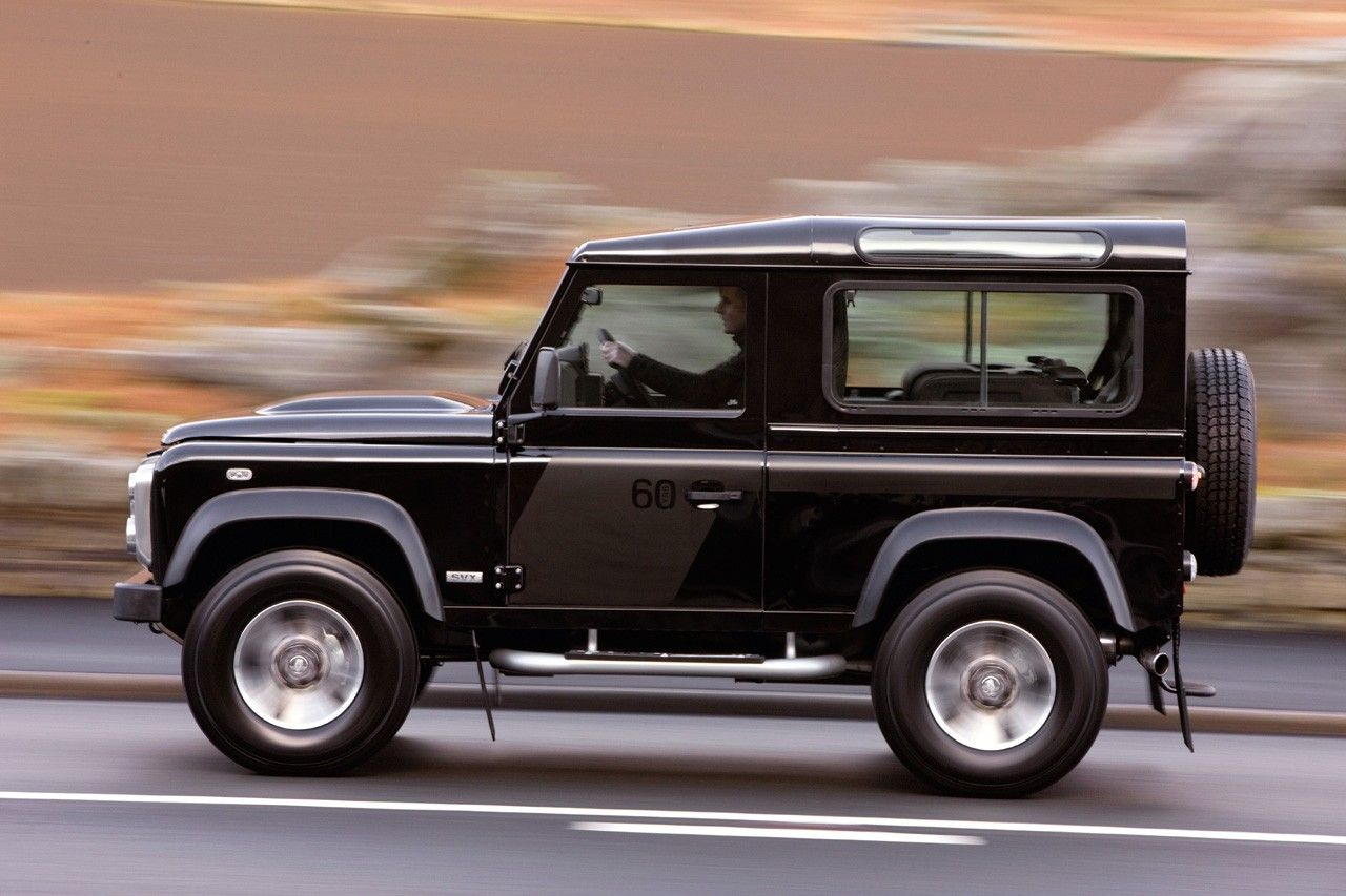 versatile 4 4 lhd land rover defender cars pinterest. Black Bedroom Furniture Sets. Home Design Ideas
