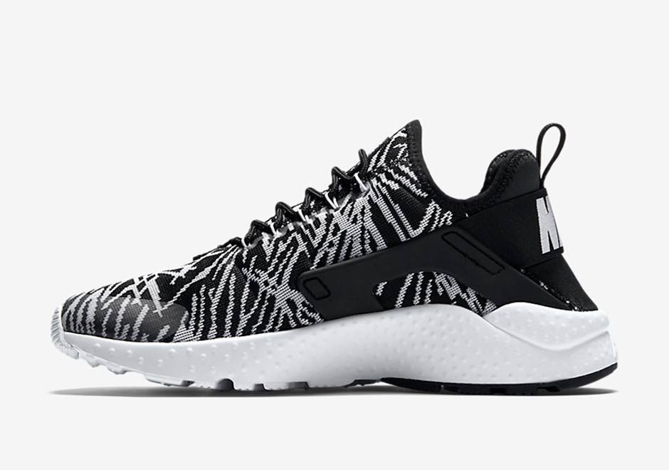 Are These New Nike Huaraches A Response To The Yeezy Boost 350 ... 1f92950e2