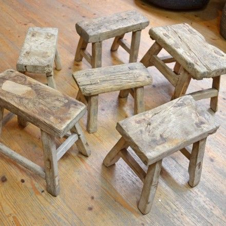 petit tabouret en bois ancien f u r n i t u r e pinterest petit tabouret bois ancien et. Black Bedroom Furniture Sets. Home Design Ideas