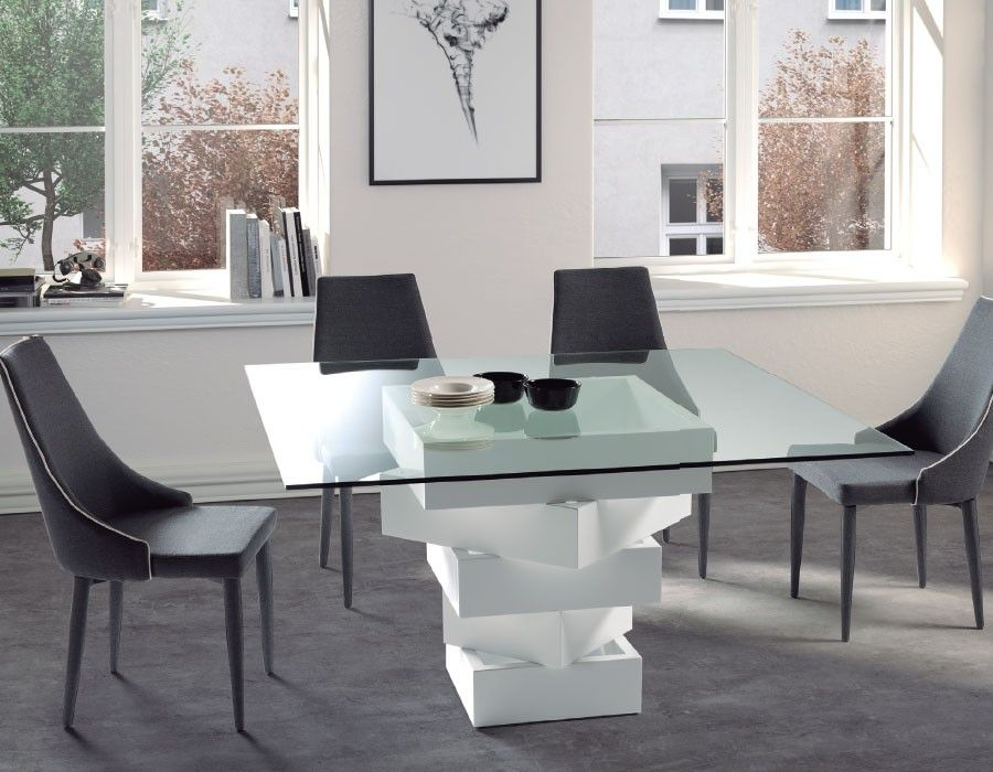 Table A Manger Carree Design En Verre Esther Coloris Au Choix