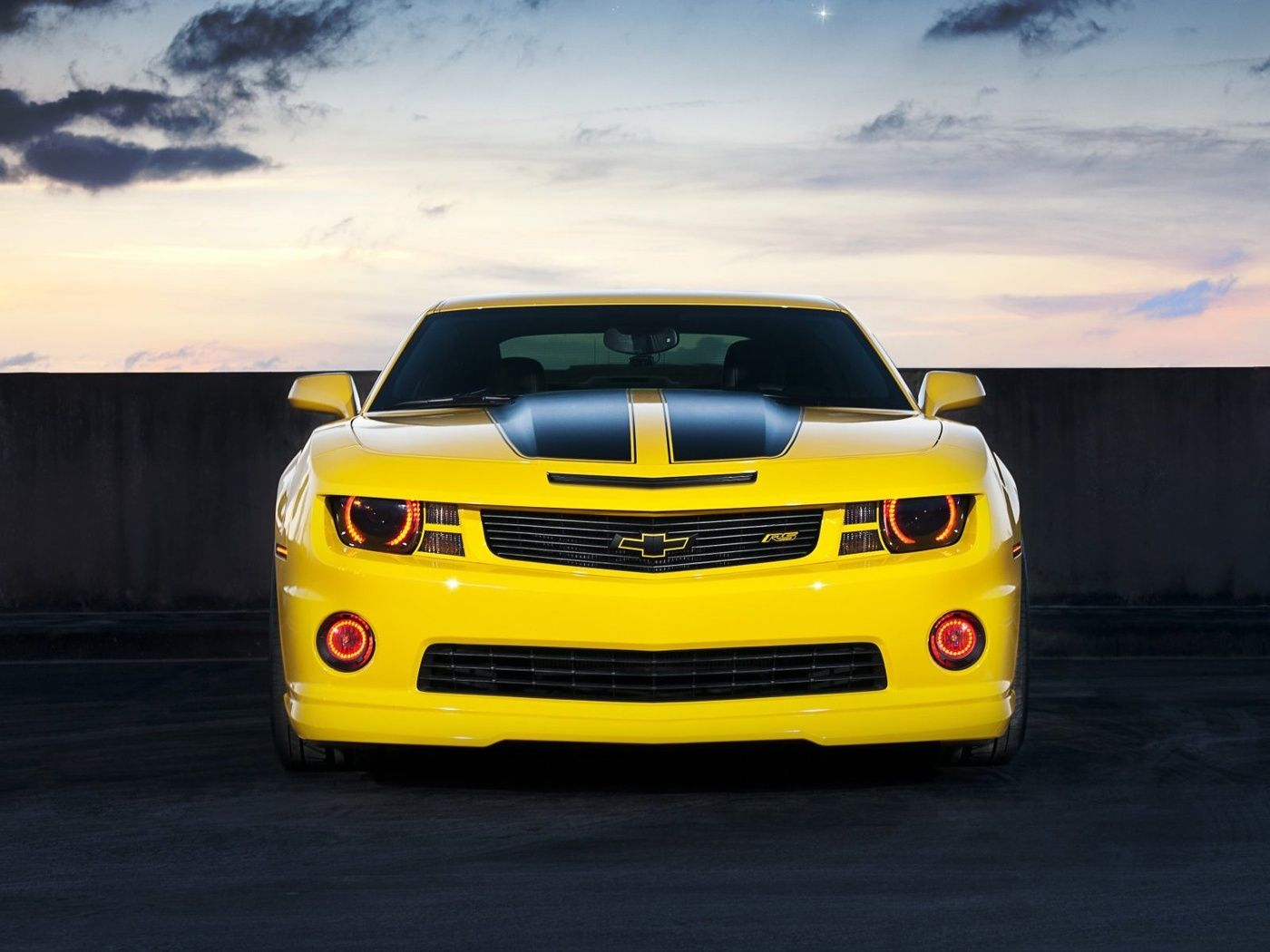 Download Wallpaper Chevrolet Camaro Yellow Car 2ss 1400x1050 The Wallpapers Photos With Images Camaro Yellow Camaro Chevrolet Camaro Yellow