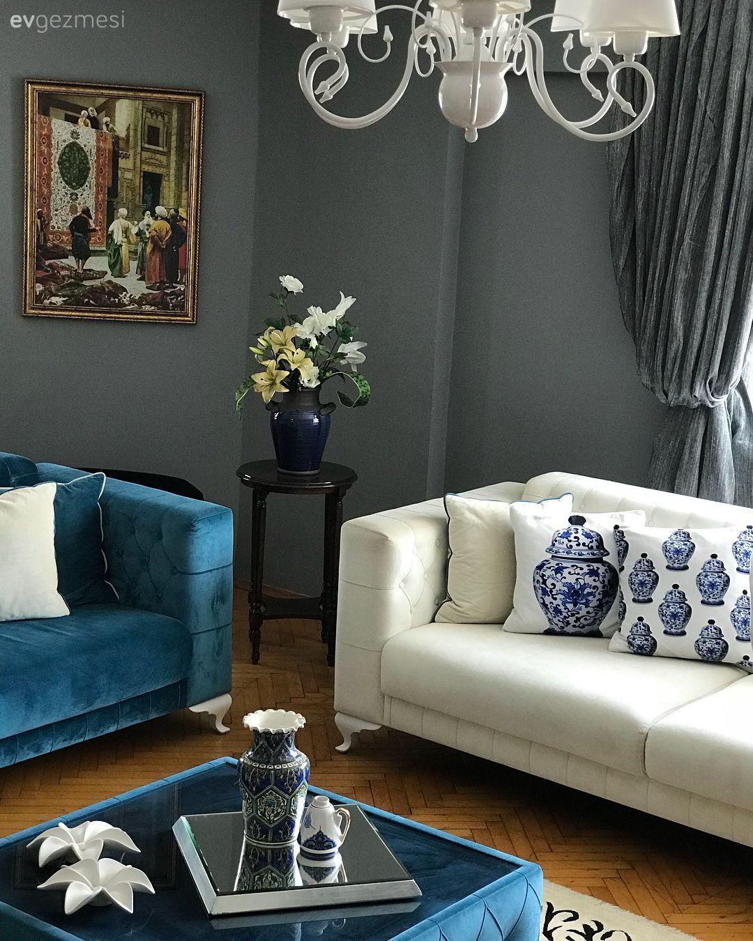 Bu Evde Uyumlu Renkler Sik Mobilyalarla Bulusuyor Ev Gezmesi Mobilya Fikirleri Mobilya Oturma Odasi Fikirleri