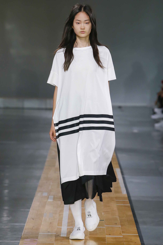 cf41512d94204 Y-3 Spring 2018 Menswear Fashion Show Collection