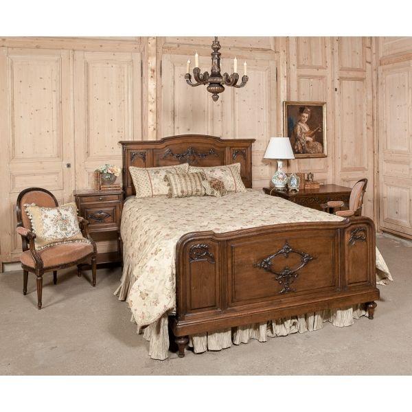 Antique Louis Xvi Walnut Queen Bed Inessa Stewart S Antiques Mobilier De Salon Meuble Bois Lit