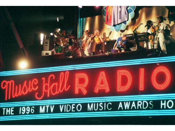 No Doubt on top of Radio City Music Hall, kicking off the 13th annual MTV Video Music Awards in 1996