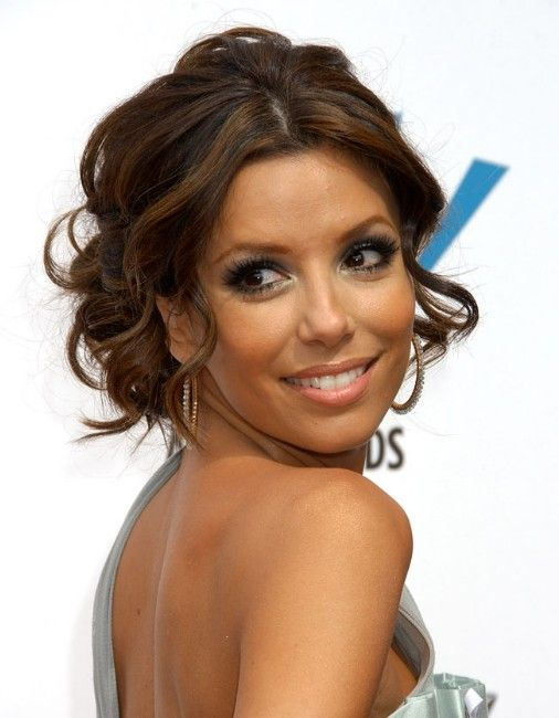 Short Curly Hairstyles For Prom : Wish i could pull off this middle part..love her hair hair