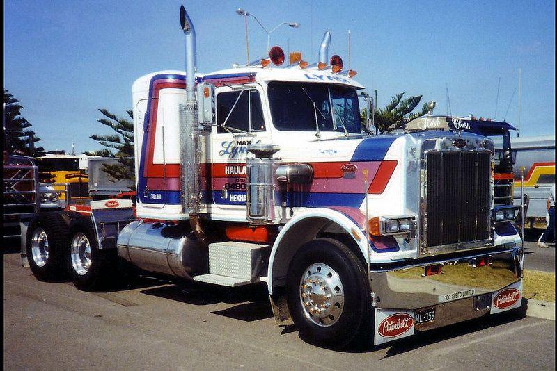 Peterbilt 359 Peterbilt 359, Model truck kits, Peterbilt