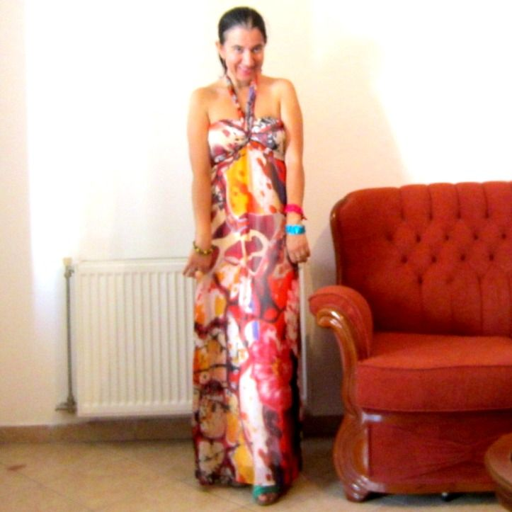 Elegance and Mommyhood.: Currently July: (Wearing) a Pretty Maxi Dress.