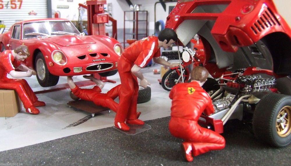 1 24 1 25 Barn Garage Diorama For Sale On Ebay: 4 Team Ferrari Mechanics For Garage, Diorama 1/24 1/25