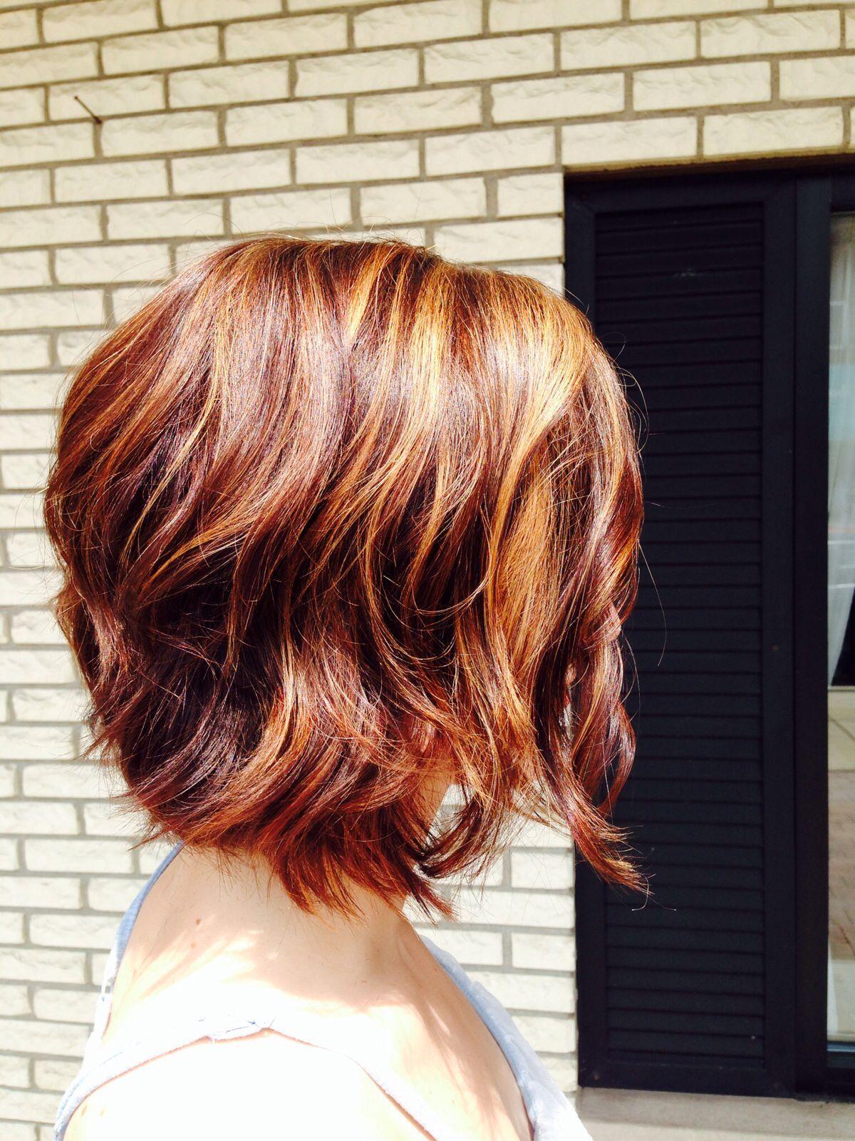 20 Best Short Wavy Haircuts For Women Popular Haircuts Short Wavy Haircuts Hair Styles Short Thin Hair