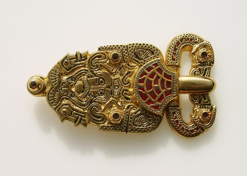 Viking, Saxon and Medieval jewellery reproductions from Danegeld