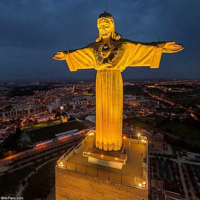 Cristo Rei Lisbon , Lisboa , Portugal