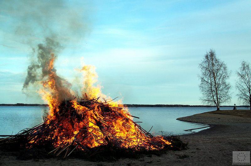 Pääsiäinen Kalajärvellä - Peräseinäjoki © Marjut Hakkola, 2014